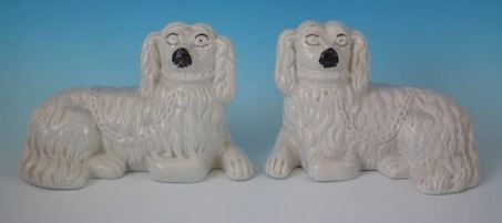 http://madelena.com/blog/wp-content/uploads/2018/05/Recumbent-King-Charles-Antique-Staffordshire-Pottery-Spaniels.jpg
